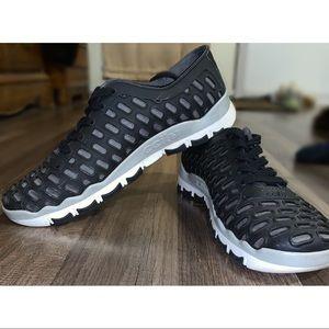 💥2/$25💥 ccilu Black Skogar Shoes